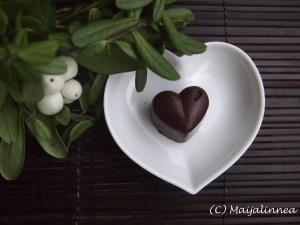 Itsetehdyt suklaakonvehdit