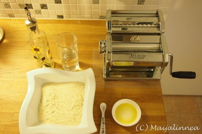 Pastan valmistusta